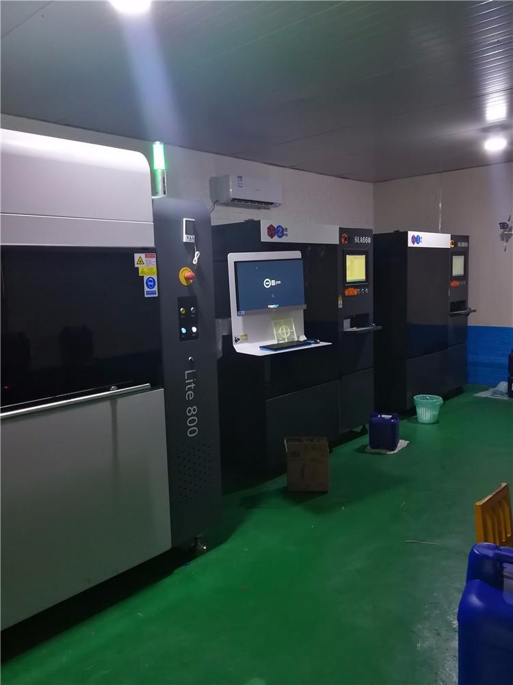 车间一角,工业型3D打印机