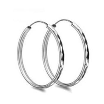 回收铂金耳环