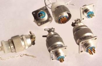 Y4系列电连接器