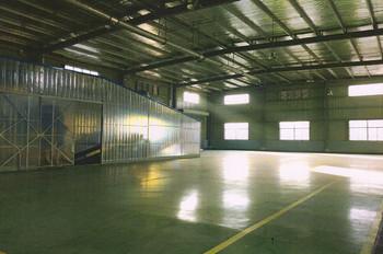 涂料钢桶生产车间