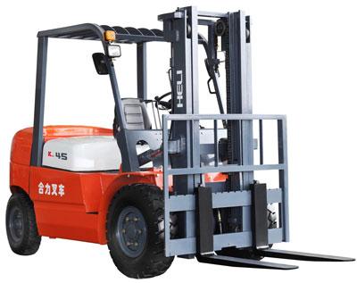 K系列4-4.5吨内燃平衡重式叉车