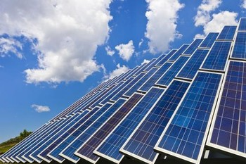 太阳能光伏板