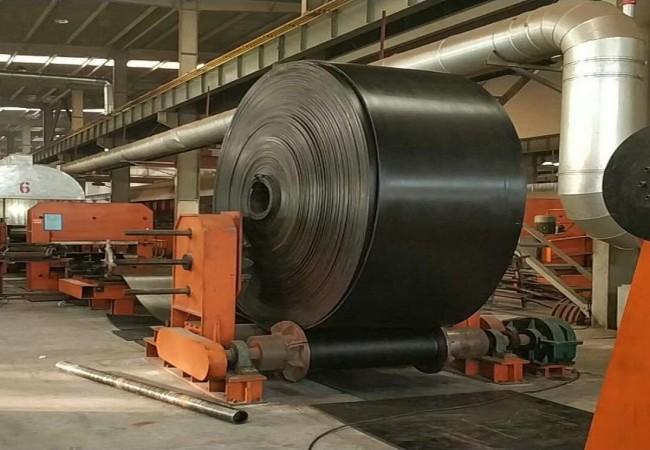 煤礦用阻燃輸送帶阻燃性研究