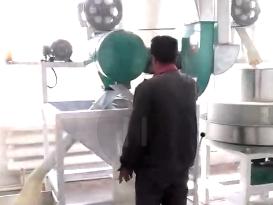 石磨面粉機視頻