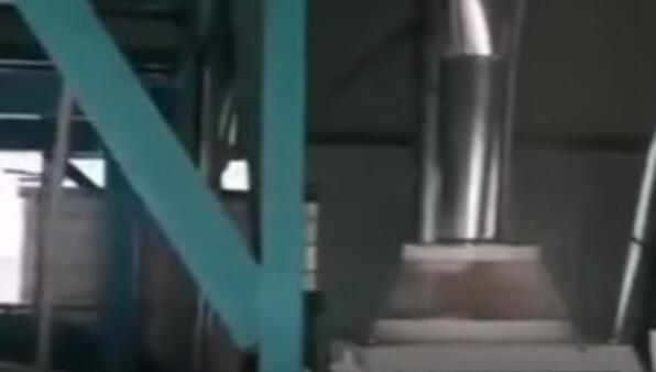 甘肅省甘南州石磨面粉機試機成功