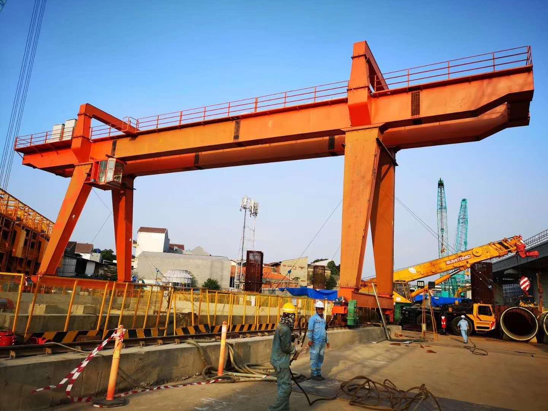 出口印尼新東方廠家龍門吊 全包箱龍門 出渣機