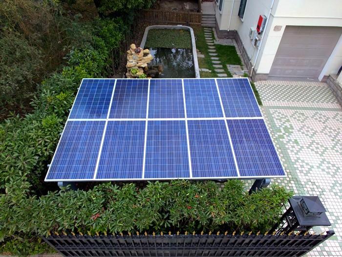 上海某小区18kw家用太阳能发电站