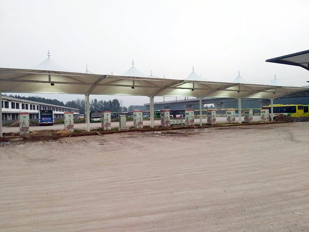 新鄉公交公司充電樁車棚