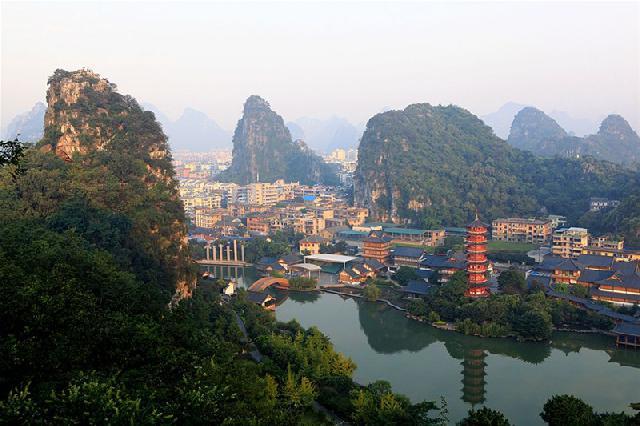 桂林双飞五日游